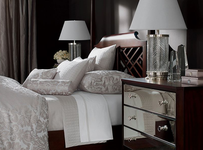 Black magic our empty nest for Dramatic beds