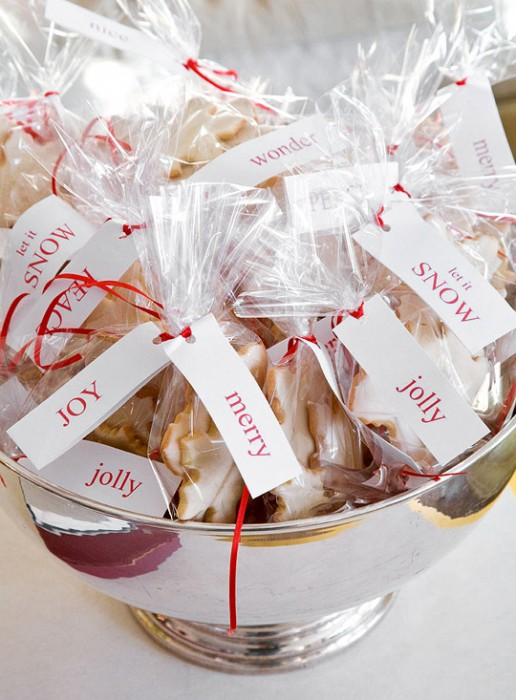 Christmas cookies for the guests. (Photo: Traditional Home)