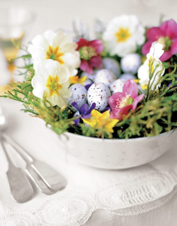 Pretty spring nest. (Photo: Country Living)