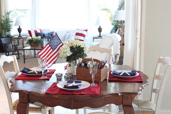 Table setting (Photo: Starfish Cottage)