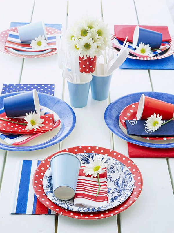 July 4th picnic (Photo: Better Homes and Gardens)