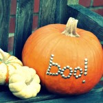 Thumbtack Pumpkin. (Photo: Deliciously Organized)