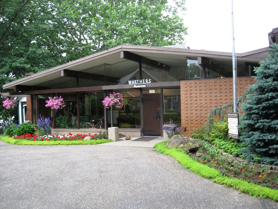 Entrance to the Warther Museum. (Photo: Have Rocket, Will Travel)