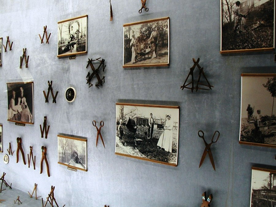 Ernest Warther carved about 750,000 wooden pliers in his lifetime. (Photo: Nondot)