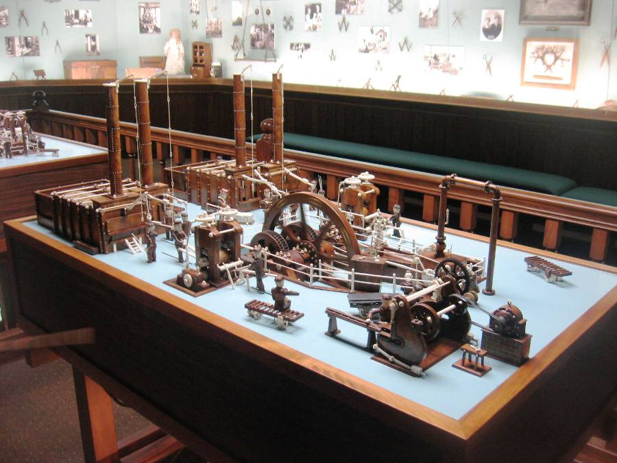Mechanical model of the local steel mill where Warther worked. (Photo: Steve Brown)