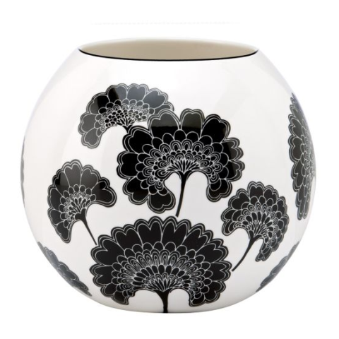 Japanese floral rose bowl. (Photo: Kate Spade)
