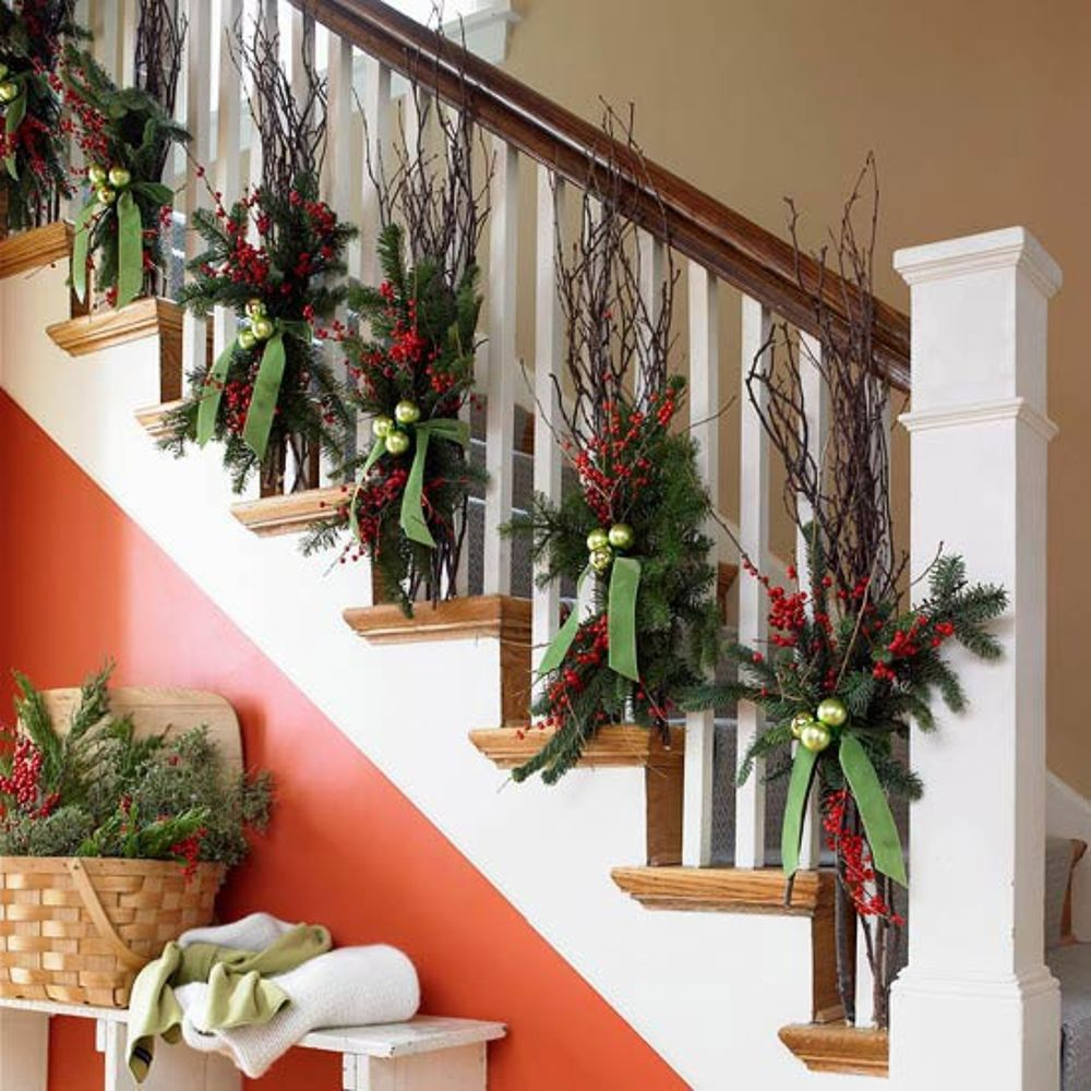 Garland on staircase (Photo: Better Homes and Gardens)