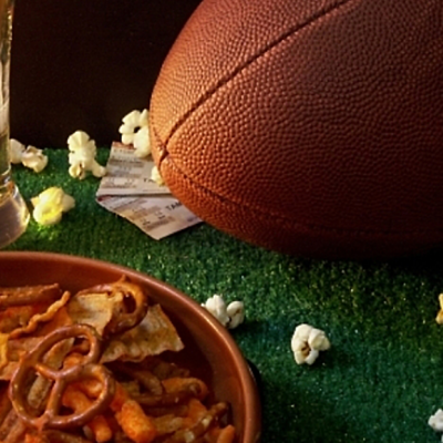 Host a Super Super Bowl Party