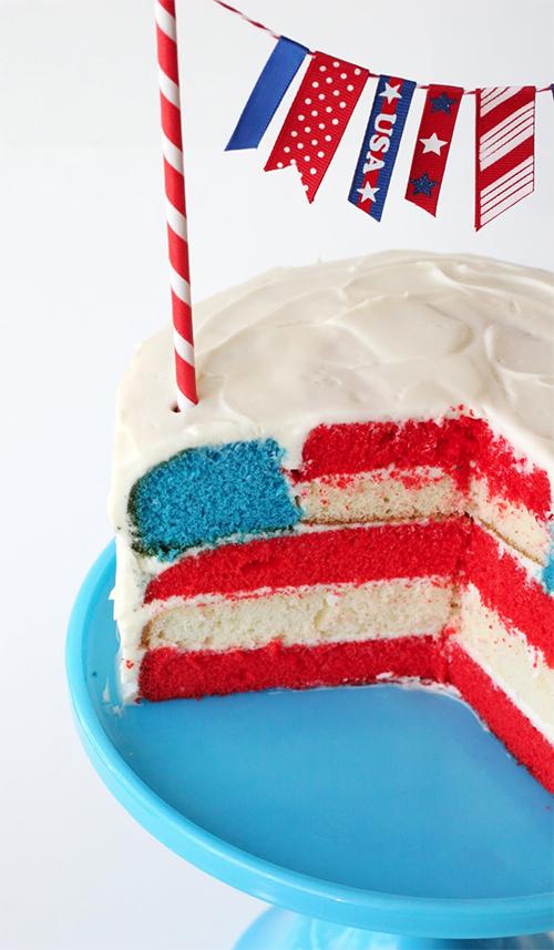 4th of July Flag Cake. (Photo: Glorious Treats)
