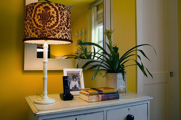 HGTV 2008 Green Home guest bedroom