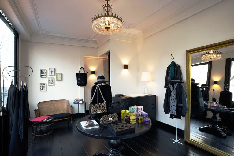 Maison Rika Gallery Boutique.