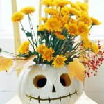 Not-So-Scary Skeleton. (Photo: Better Homes and Gardens)