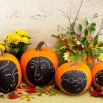 Family Pumpkin Portrait. (Photo: Houzz)