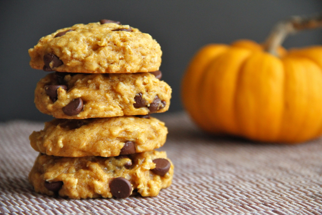 Vegan Chocolate Chip Pumpkin Oatmeal Cookies (Photo: Running with Spoons)