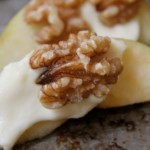 Apple Slices with Brie and Walnuts (Photo: Project Granola Mom)