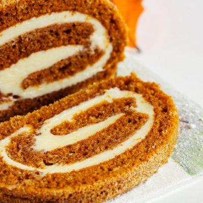 Spiced Pumpkin Cake Roll