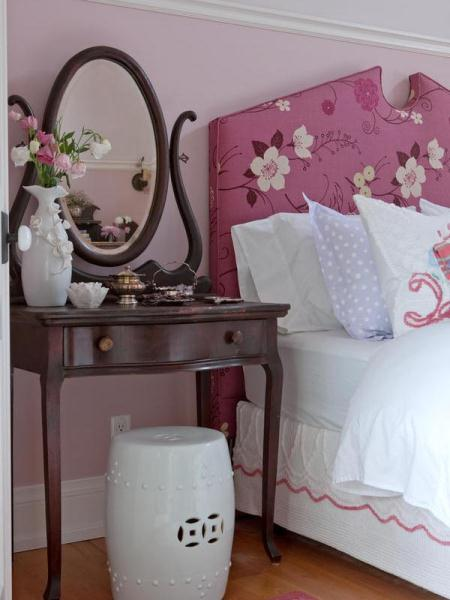 Sarah's country house girl's room.