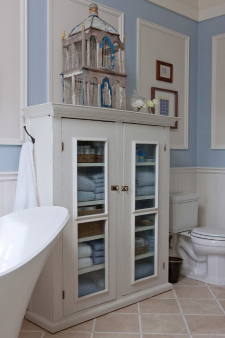 Sarah's country house bathroom.