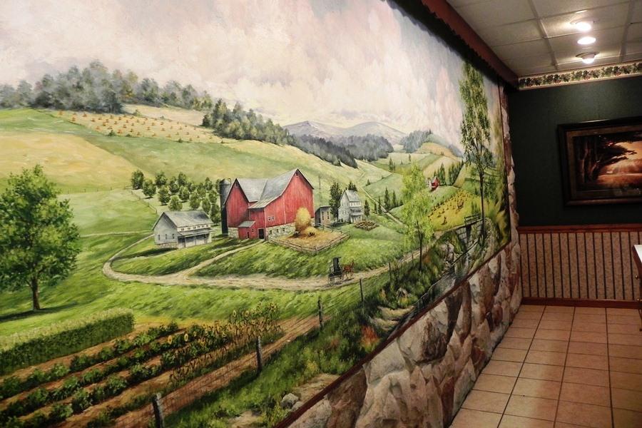 Wall mural at Der Dutchman