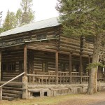 Pahaska Teepee, Wild Bill Cody's 1904 hunting lodge, is now a mountain resort. (Photo: Wikipedia)