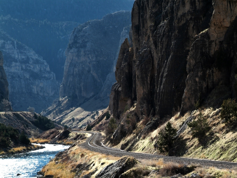 Spectacular rock walls rise 2,500 vertical feet on either side to the ridge tops. (Photo: Wyoming Tourism)