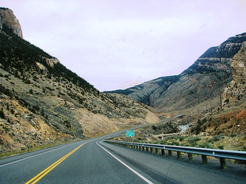 Shoshone Canyon with Cedar Mountain (on the left) and Rattlesnake Mountain (on the right)