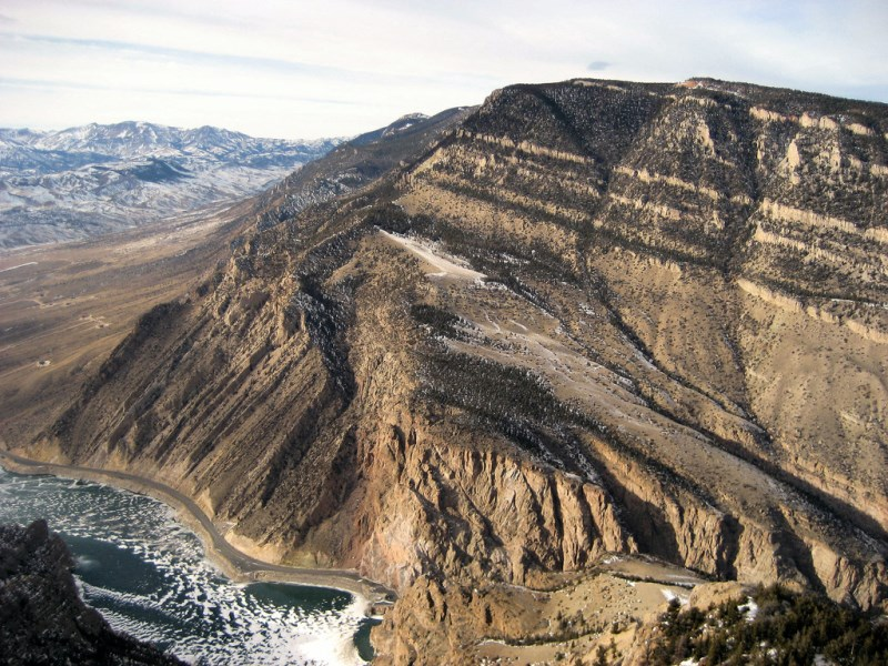 Rattlesnake Mountain's spectacular south face, which rises over 3300 feet. (Photo: SummitPost)